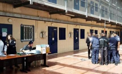 هيئة الأسرى: نحمل الاحتلال المسؤولية عن حياة الأسير المضرب محمود الفسفوس