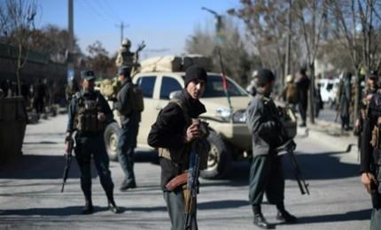 الداخلية الأفغانية تعلن انتهاء الهجوم في كابول ومقتل جميع منفذيه